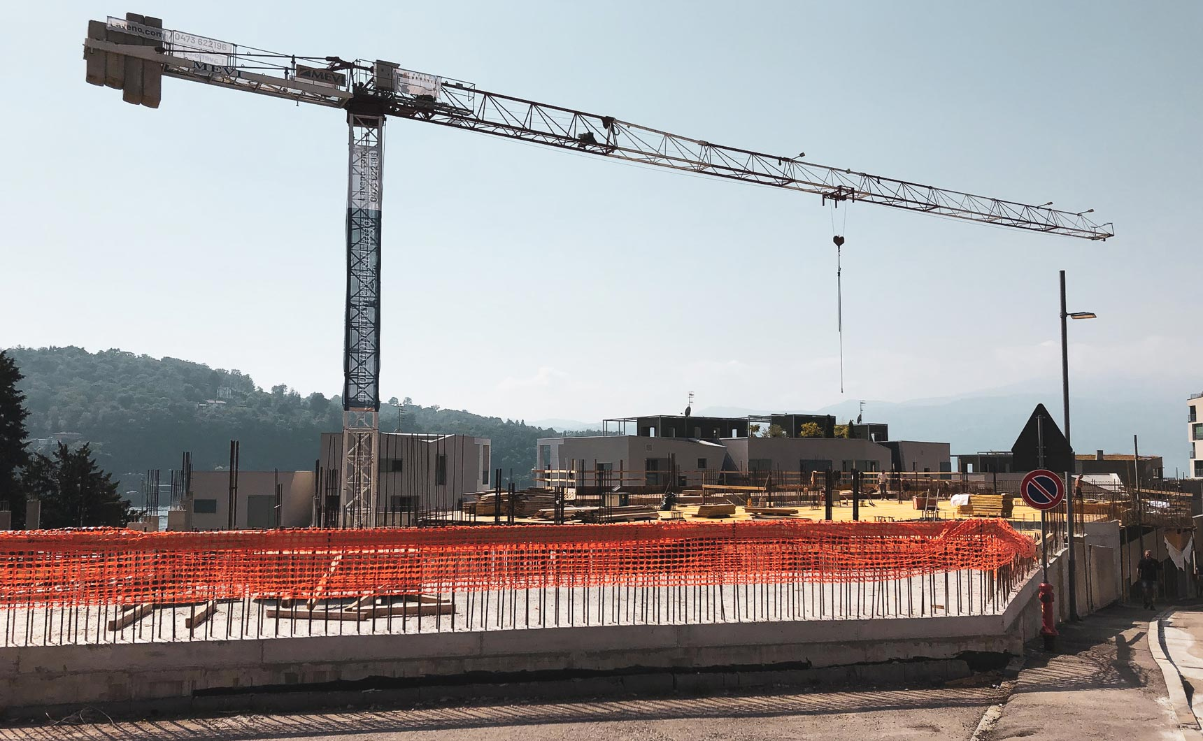 Laveno Premium Real Estate: cantiere